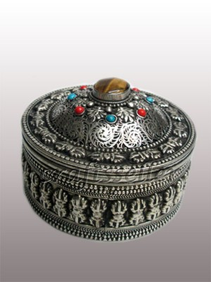 Jewellery box White metal
